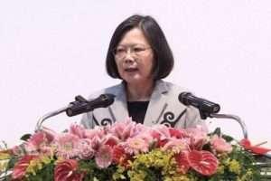 Photo : La Présidente de Taiwan Tsai Ing-wenprésente ses excuses aux Aborigènes de l'île
